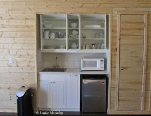 24. interior barn - 3